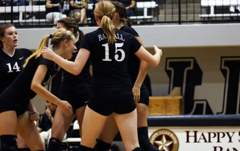 Lady Raider volleyball team sweeps competition