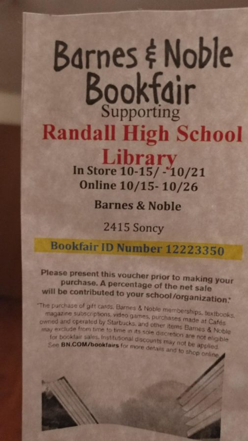 Randall Book Fair Encourages Students to Read