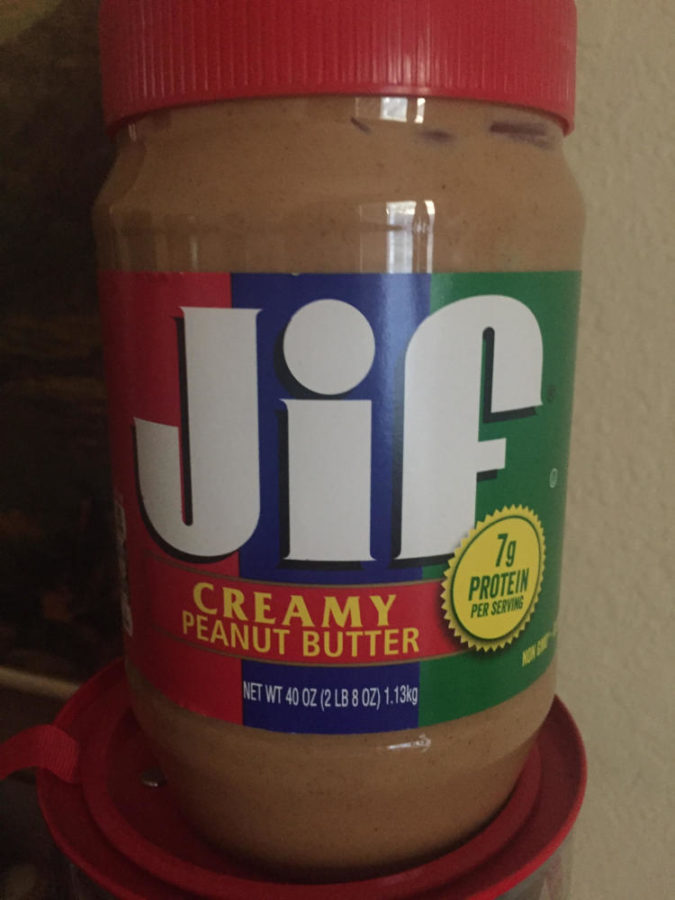 Key Club collecting peanut butter donations for Snack Pak 4 kids