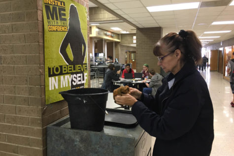 Behind the Scenes at Randall: Custodian speaks out about her job