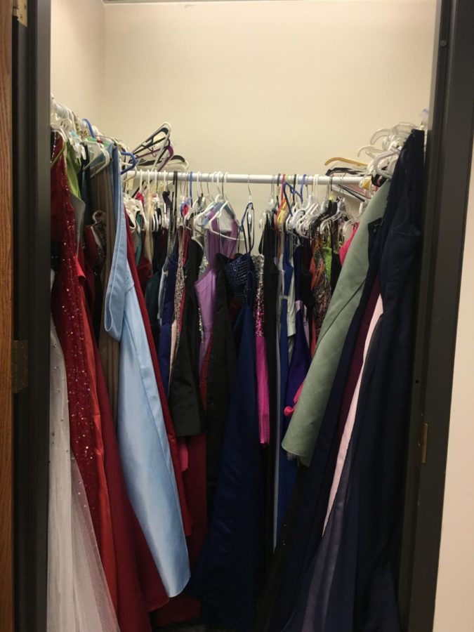 Prom Closet helps students rent a dress at a low cost