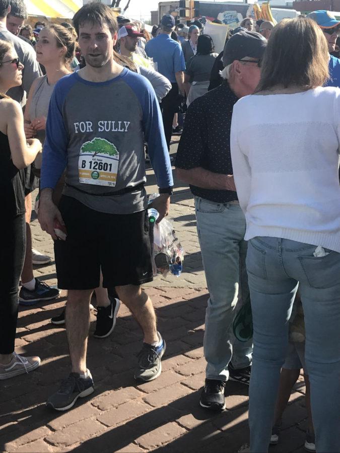 For Sully: Teacher runs half-marathon in honor of beloved librarian