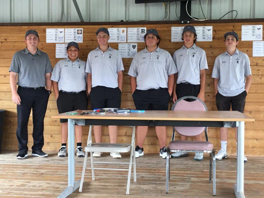 Boys' Golf Team Wins Raider Triangular