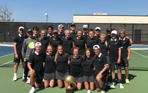 Tennis Team Wins District Title, Prepares for Playoffs
